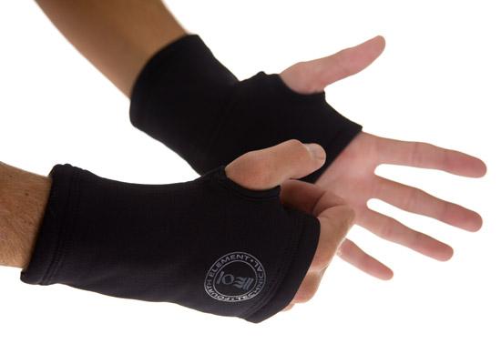 4th element xerotherm wrist warmer